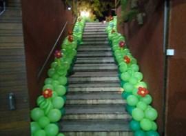 Balões na escada (opcional)