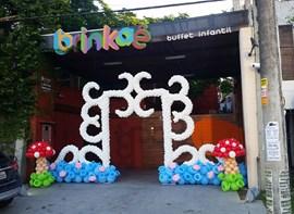 decor by Brinkae