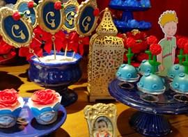 Opcionais: pirulito, forminhas e cupcakes