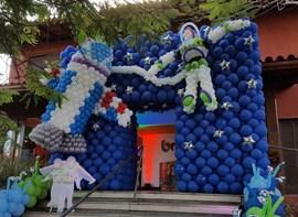 decor by Fabiana Castro - baloes Balloons Fest